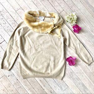 Faux fur neck sweater
